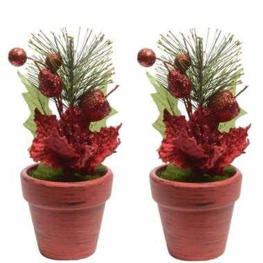 2x kerstster rood fluweel in pot 16 cm
