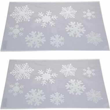 2x sneeuwspray kerst raamsjablonen sneeuwvlokken plaatjes 54 cm