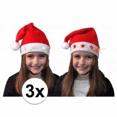 3 rode kerstmusen met licht en rode sterretjes