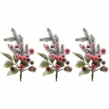 3x kerststukje instekertjes met bessen en sneeuw groen/rood 20 cm