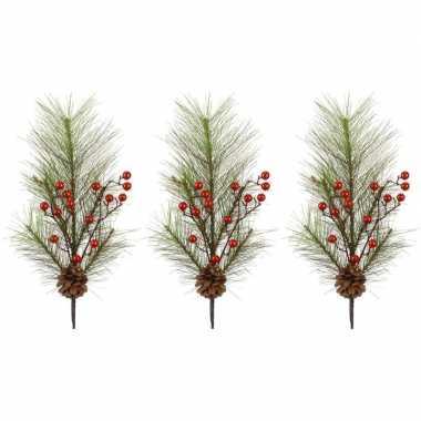 3x kersttakken met rode besjes 60 cm
