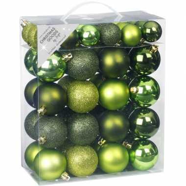 50x kunststof groene kerstballen pakket 4 en 6 cm
