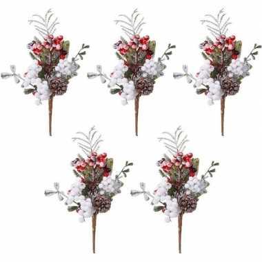 5x kerststukje instekertjes met bessen en sneeuw 20 cm