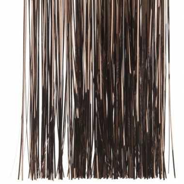 Donker bruine kerstboom versiering lametta slierten
