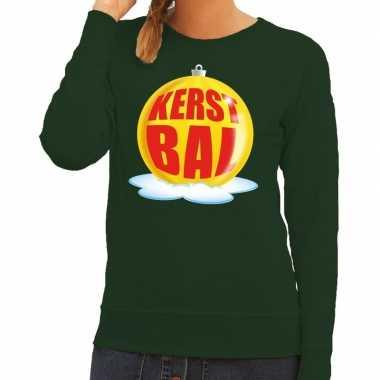 Foute feest kerst sweater met gele kerstbal op groene sweater voor da