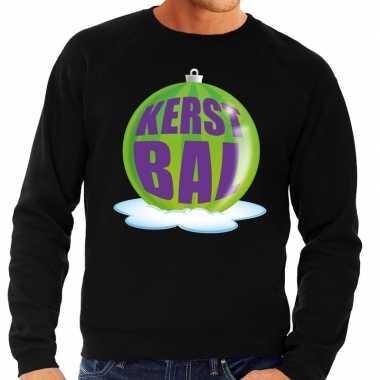 Foute feest kerst sweater met groene kerstbal op zwarte sweater voor