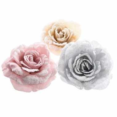 Kerst hangdecoratie op clip zilver bloempje/roosje 12 cm