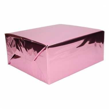 Kerst thema inpakpapier roze/paars 1 rol 200 cm