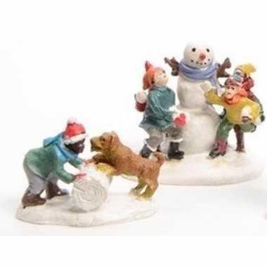 Kerstdorp kids sneeuwpop en hondje