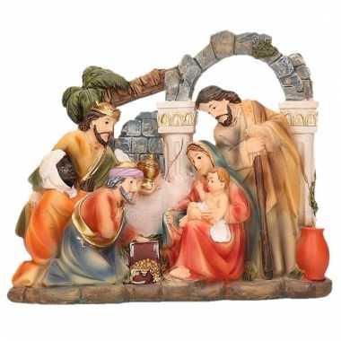 Kerstgroep polystone beeldje 17 x 15 cm