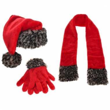 Kerstman muts, sjaal en handschoenen