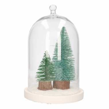 Woondecoratie stolp met groene kerstbomen en sneeuw