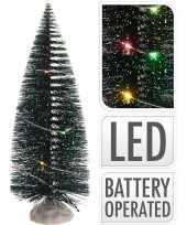 1x mini kerstboompjes met gekleurde kerstverlichting 22 cm
