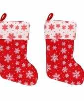 4x rood witte kerstsokken met sneeuwvlokken print 40 cm