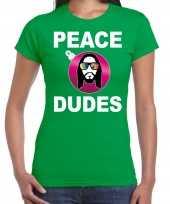 Groen kerstshirt kerstkleding peace dudes voor dames met social media kerstbal