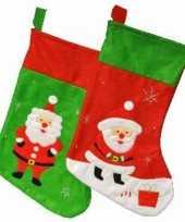 Groene kerstsokken met kerstman