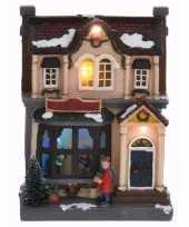 Kersthuis met led verlichting 20 cm type 1